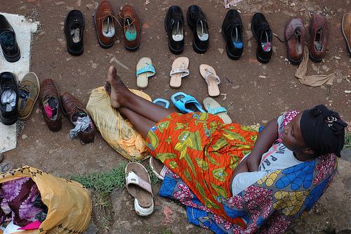 El problema del calzado de segunda mano